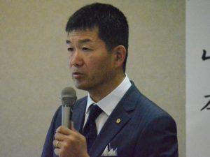 講師の山本氏